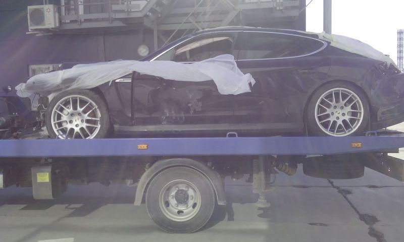 Эвакуация Porsche Panamera