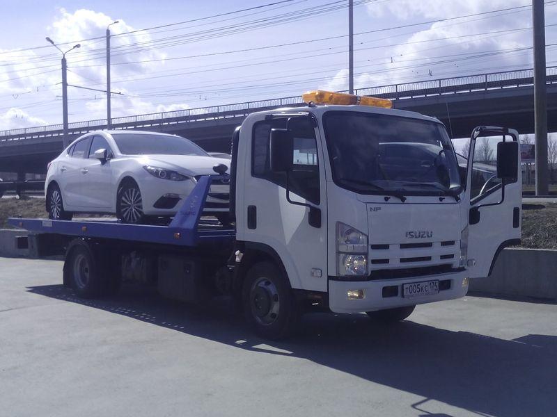 эвакуация Mazda 3 с неисправным запуском двигателя.