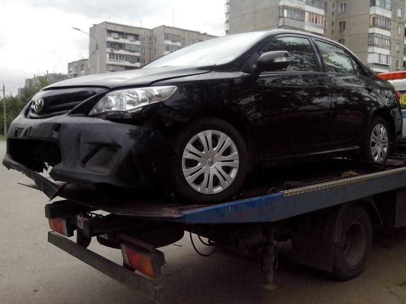 Эвакуация Toyota Corolla