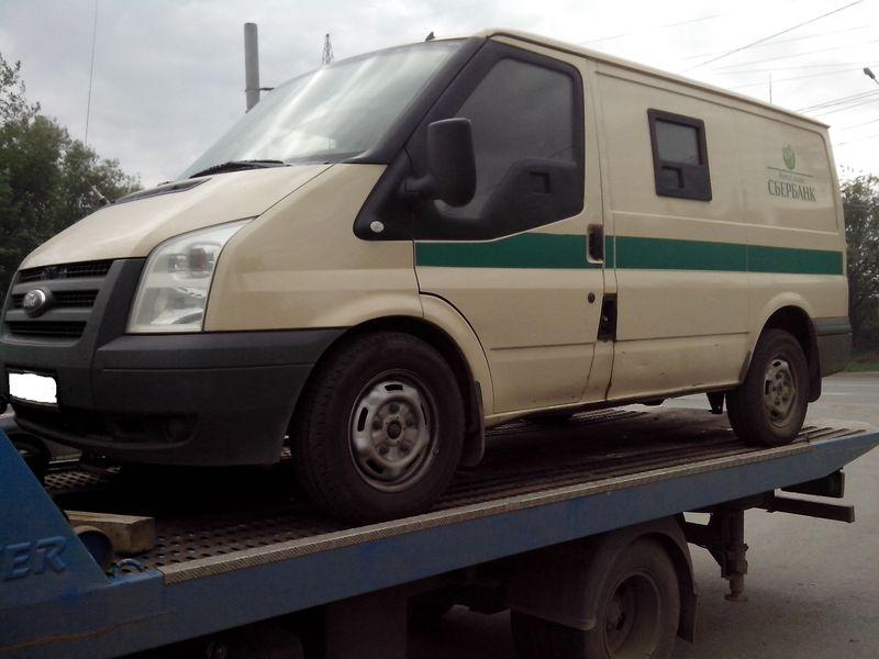Эвакуация Ford Transit в Челябинске